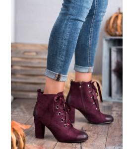 Zomšiniai auliniai batai