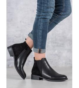 Klasikiniai juodi auliniai batai
