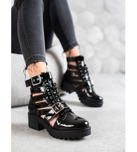Lakuoti auliniai batai